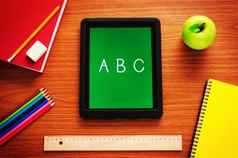 Scuola, cresce il divario tra studenti digitali e insegnanti analogici
